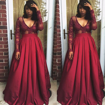 Long Sleeves V-Neck Lace A-line Satin Prom Dresses 2018