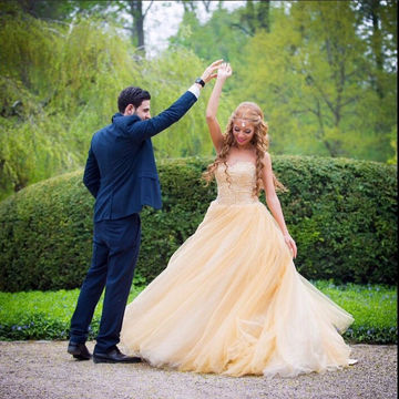 Light Yellow Sweetheart Beading Ball Gown Tulle Prom Dresses 2018